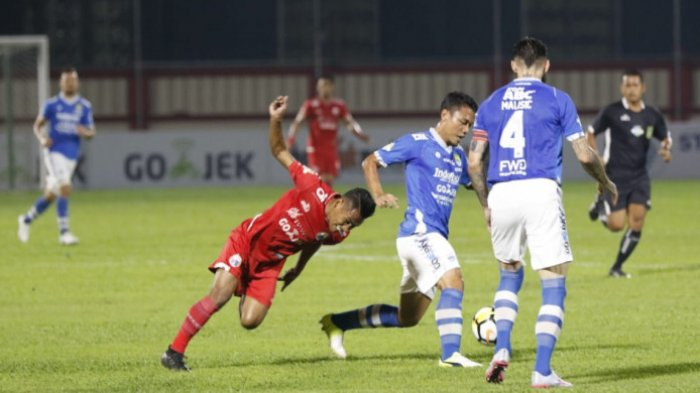 Persib Bandung Kehilangan Pemain Akibat Patah Tulang Usai Melawan PSM Makassar Liga 1 2018