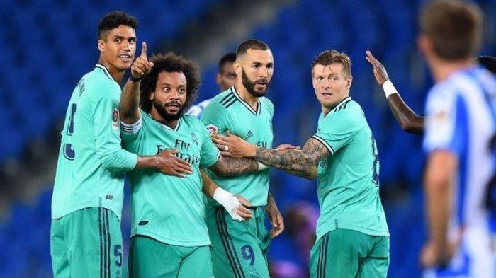 Raphael Varane, Marcelo, Karim Benzema, Toni Kroos dalam laga Real Sociedad vs Real Madrid, Senin (22/6/2020).