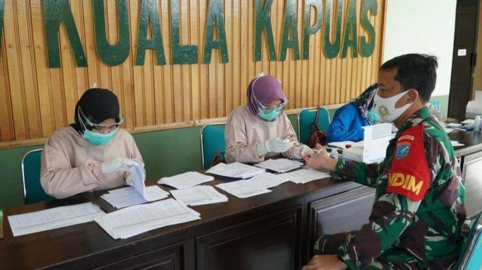 Cegah Covid-19, Anggota Kodim 1011/Kualakapuas dan Persit Jalani Rapid Test