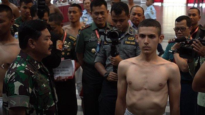 Jago Ngaji dan Rajin Beribadah, Enzo Si Pria Blasteran Perancis Resmi Jadi Calon Taruna Akmil TNI