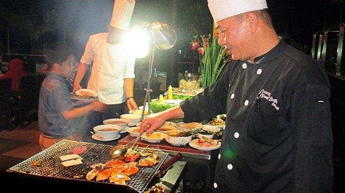 Promo Dinner BBQ, Dapatkan Kamar Gratis Menginap Satu Malam di  Grand Dafam Q Hotel Banjarbaru