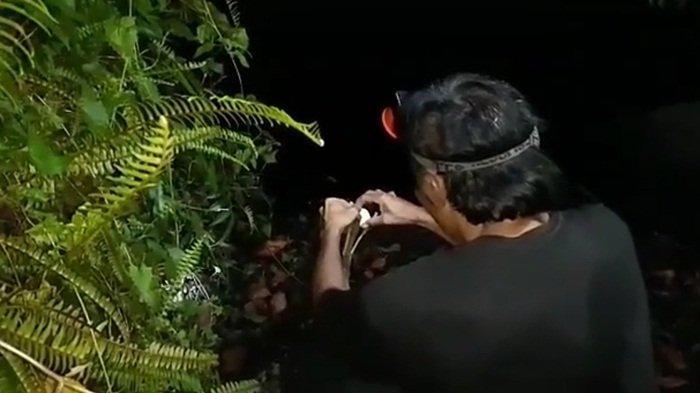 Sebelum Mancing, Ada Ritual Simpan Telur Ayam di Tepian Telaga Pahiyangan Aranio