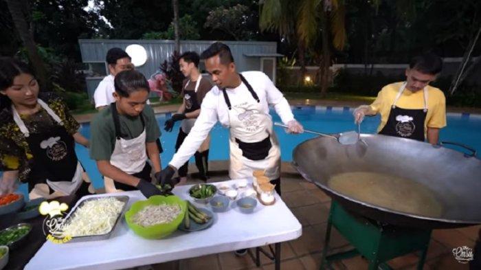 Jadi Chef di Rumah Ruben Onsu, Lihat Aksi Lord Adi MCI Masak Bareng Betrand Peto dan Sarwendah