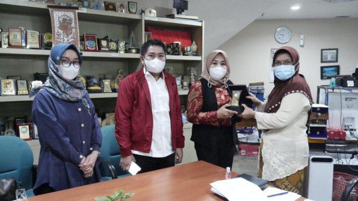 Rombongan DPRD Kalsel berkonsultasi mekanisme LKPj Kepala Daerah ke DPRD DKI Jakarta