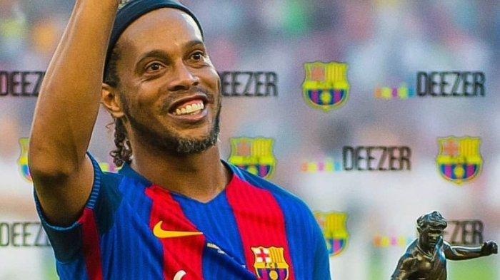 Link Streaming Barcelona vs Real Madrid Legends Live TV Online Barca TV Malam Ini Jam 00.30 WIB