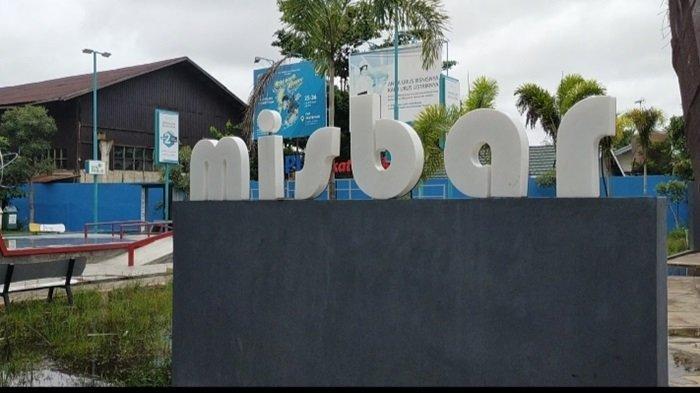 RTH Taman Pintar Kota Banjarbaru, Pagi Sore Hari Bisa Santai Sesi Foto, Malamnya Ada Bioskop Misbar