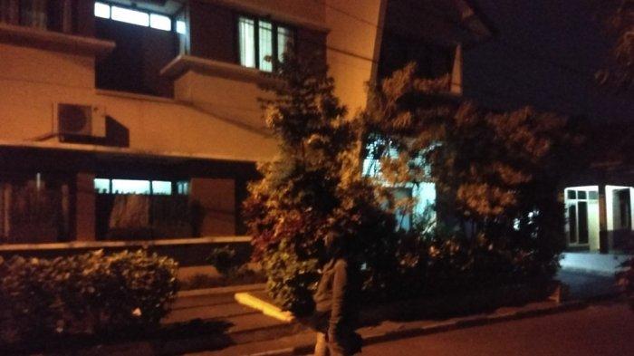 Kamar Utama di Rumah Mewah Inneke Koesherawati Digeledah 4 Penyidik KPK