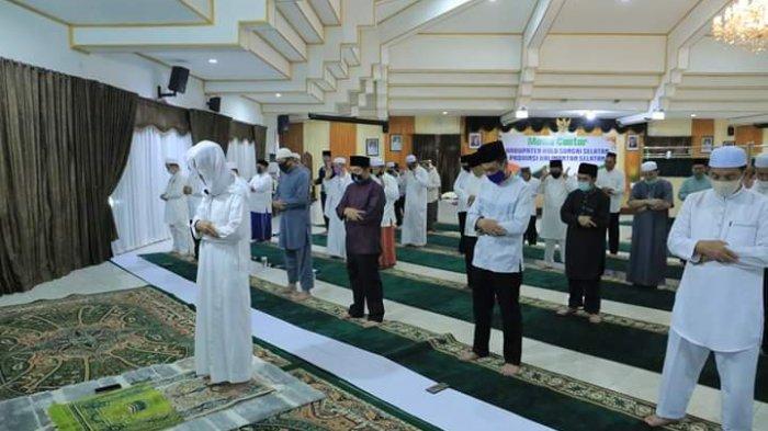 Sebelum Tarawih Ramadhan 1442 H, Jangan Lupakan yang Wajib Shalat Isya