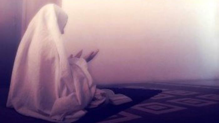Doa Qunut Dibaca Saat Shalat Subuh, Ini Niat Salat Subuh di Ramadhan 1441 H