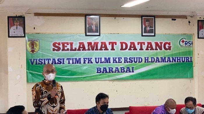 Sambutan Dekan FK ULM, Dr. dr. Iwan Aflanie, M.Kes., Sp.F, S.H
