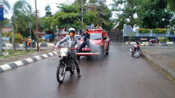 Wabah Corona di Kalsel, Jalan hingga Pasar dan Terminal Pelaihari Disemprot Disinfektan