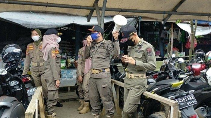 Pasar di Barabai Semakin Ramai, Satpol PP HST Gencarkan Imbauan Pakai Masker