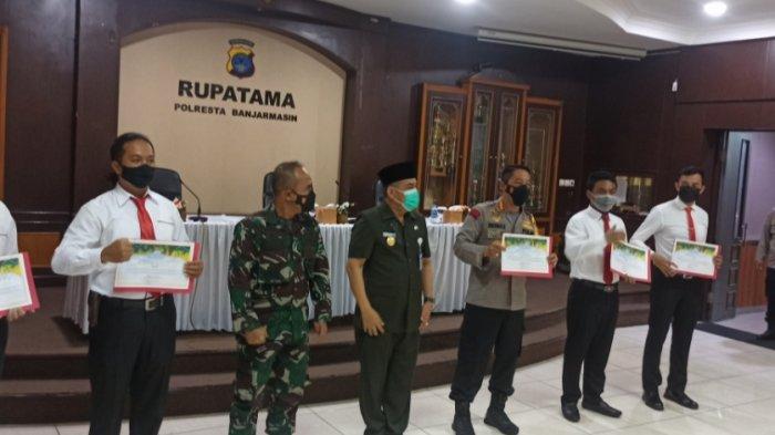 Satresnarkoba Polresta Banjarmasin Diganjar Penghargaan Atas Ungkap Kasus Sabu 135.2 kg