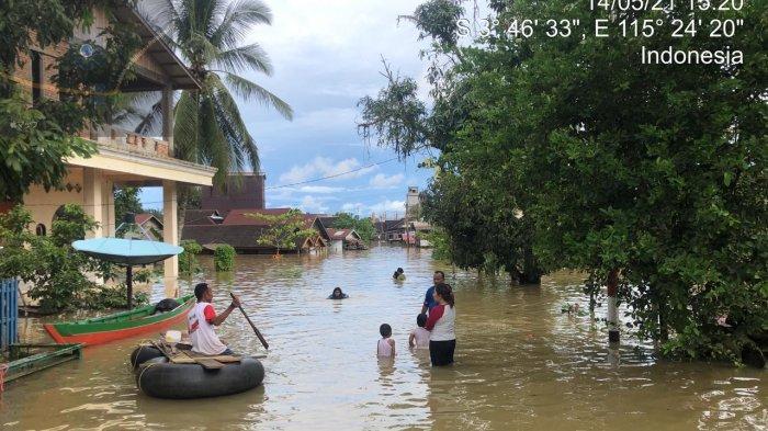 Banjir di Kalsel, Ribuan Warga Desa Sungai Danau Terdampak, Kades: Kami Perlu Makanan dan Selimut