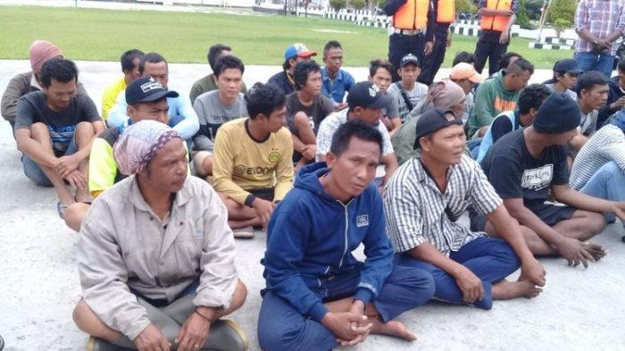 BREAKING NEWS - Begini Detik-detik Pembantaian di KM Mina Sejati, ABK Lagi Tidur Langsung Dibacok