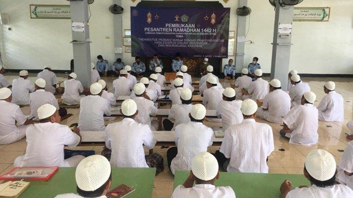 Warga Binaan Lapas Narkotika Karangintan Kalsel Dapat Materi Thaharah di Pesantren Ramadan