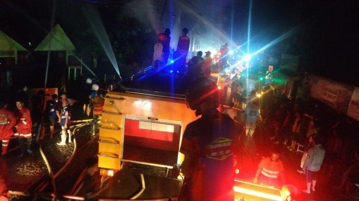 Empat Unit Gudang dan Satu Rumah di Ujung Murung, HSU Habis Dilahap Api