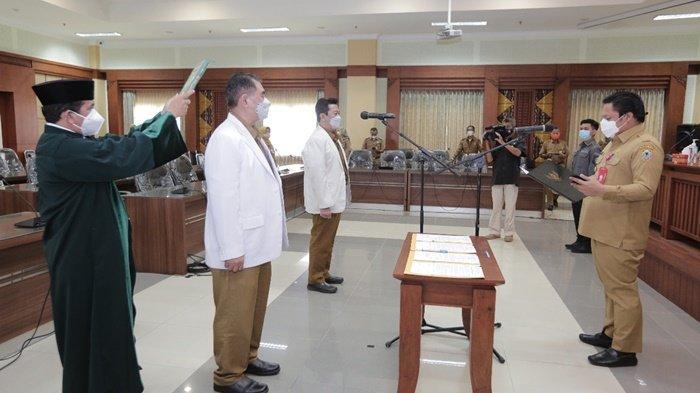 Pemerintah Provinsi Kalimantan Selatan Lantik 2 Dokter Pendidik Klinis Ahli Utama