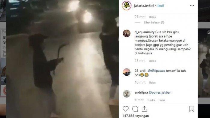 VIDEO VIRAL Sekelompok Pemuda Memalak dengan Celurit, Polisi Suruh Pulang Pemuda Ini
