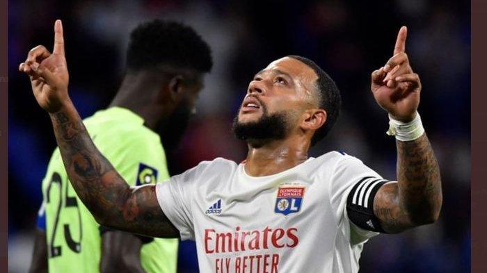 Diincar Barcelona dan PSG, Memphis Depay Justru Masih Betah di Lyon
