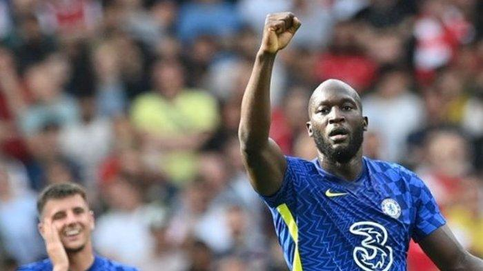 Selebrasi Romelu Lukaku usai mencetak gol untuk Chelsea ke gawang Arsenal pada pekan kedua Liga Inggris 2021-2022.