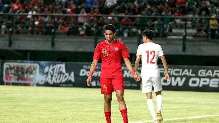 Penampilan perdana Serdy Ephy Fano Boky bersama Timnas Indonesia U-19 saat ujicoba internasional melawan Timnas China.