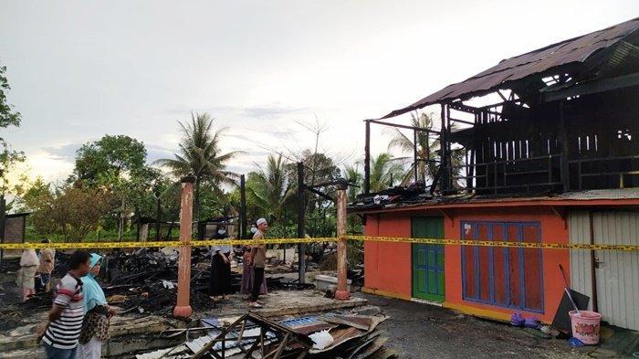 Kebakaran di Pematang Panjang Kabupaten Banjar, Korban Tak Percaya Dapati Rumah Ibu Tinggal Tiang