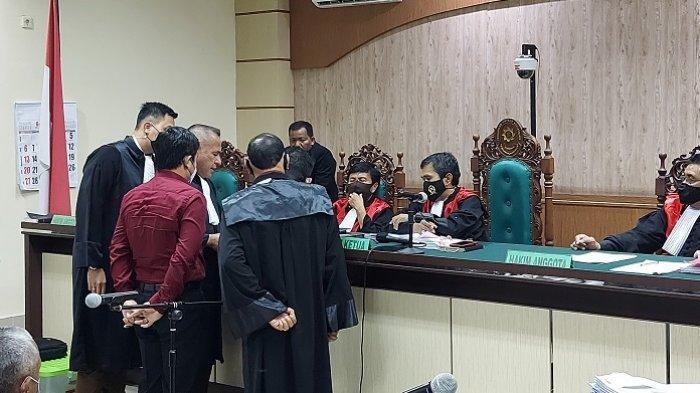 Korupsi Kalsel : Sidang Dana Kas PD Baramarta, Mantan Ajudan Bupati Banjar Kembalikan Rp 32 Juta