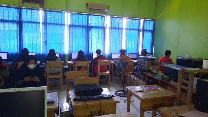 Gladi Bersih ANBK di SMAN 1 Marabahan, Awalnya Lambat Terhubung ke Server