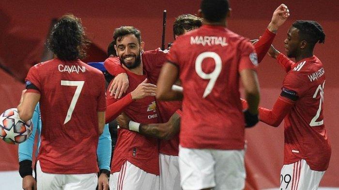 Skuad Manchester United saat merayakan gol ke gawang Istanbul Basaksehir (Turki) dalam laga lanjutan pekan keempat Liga Champions di Stadion Old Trafford, Rabu (25/11/2020) dini hari WIB.