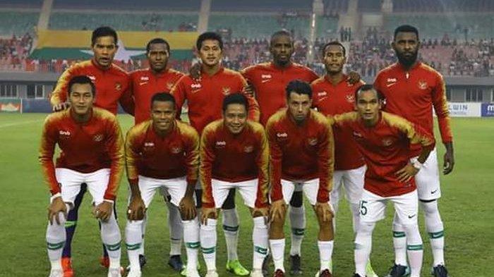 Skuad timnas Indonesia dalam laga persahabatan melawan Myanmar di Stadion Mandalar Thiri, Myanmar, Senin (25/3/2019).
