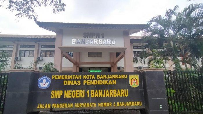 Penjualan Buku Dilarang, Guru Mapel Banjarbaru Tidak Bisa Lagi Berkarya