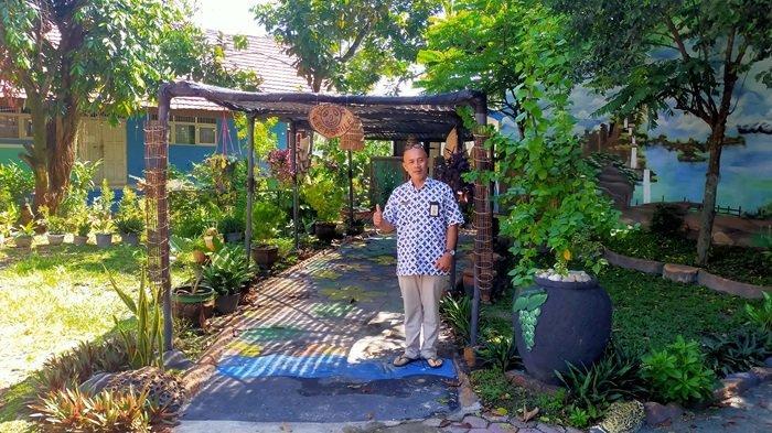 Taman asri melengkapi kenyamanan lingkungan SMPN 33 Banjarmasin