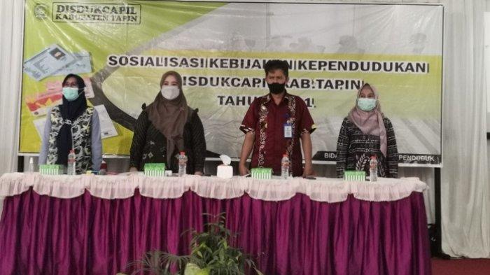 Terbantu Pelayanan Adminduk di Desa, Disdukcapil Tapin Apresiasi 40 Aparat Desa