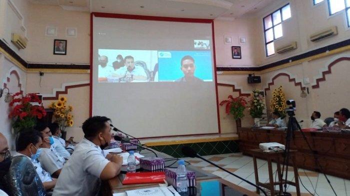 Kepala Diskominfo Kotabaru mengadakan kegiatan sosialisasi pemanfaatan sertifikat elektronik di satuan organisasi perangkat daerah, Rabu (15/9/2021).