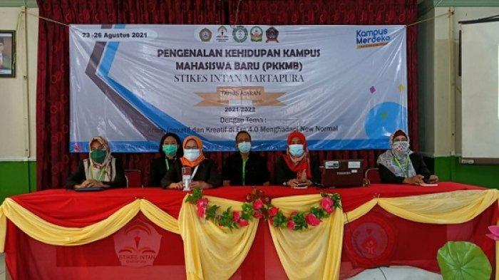 Berlangsung Daring, Ketua STIKES Intan Martapura Harapkan Mahasiswa Fokus Ikuti PKKMB 2021/2022