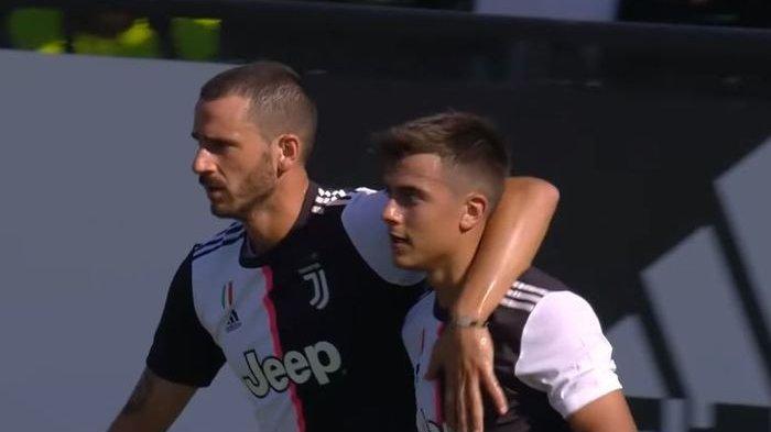 Gara-gara Tos dengan Wasit, Bek Juventus Ini Bikin Heboh dan Diduga Bersekongkol