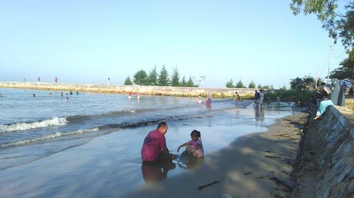 Tak Lagi Ditutup, Pantai Pagatan Tanahbumbu Mulai Dipadati Pengunjung