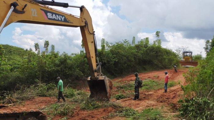 Jelang Pembukaan TMMD, Pengerjaan Jalan Tembus Tala-Banjar Telah Capai 60 Persen