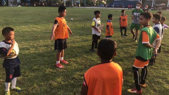 Hadir di Tapin, Sekolah Olahraga Barito PutraHadirkan Pelatih Berkompeten dan Berlisensi