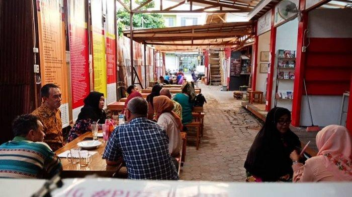 Virus Corona Merebak di Kalsel, Pembelian Makanan Lewat Go-food Meningkat 40 Persen