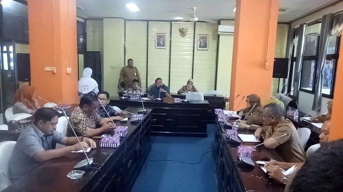 Bahas Ijin SPBU dengan Dinas LH, Ketua Komisi III Kotabaru Tinggalkan RDP, Ini Penyebabnya
