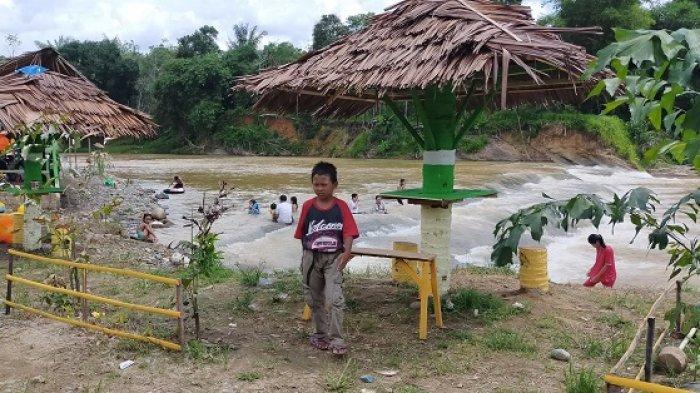 Berwisata di Pulau Mas HST Kalsel, Nikmati Mandi Air Pegunungan Meratus di Aliran Sungai Benawa