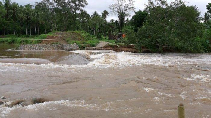 Debit Air Sungai di Hantakan HST Mulai Naik, Belum Ada Imbauan Penutupan Wisata Air
