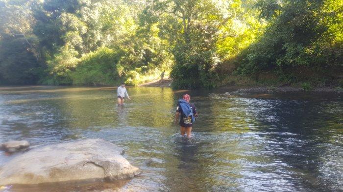Wisata Kalsel - Air Sungai Alam Riamadungan Tanahlaut Bersumber dari Pegunungan