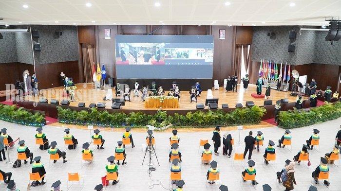 ULM Sukses Gabungkan Wisuda Offline dan Online di Banjarbaru dan Banjarmasin