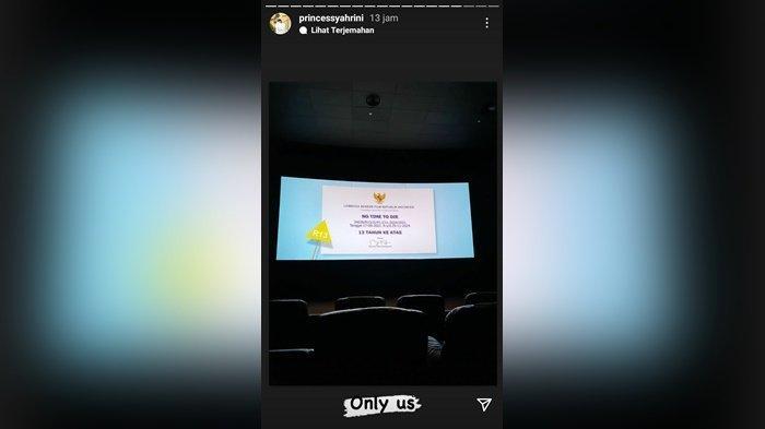 Syahrini dan Reino booking bioskop.