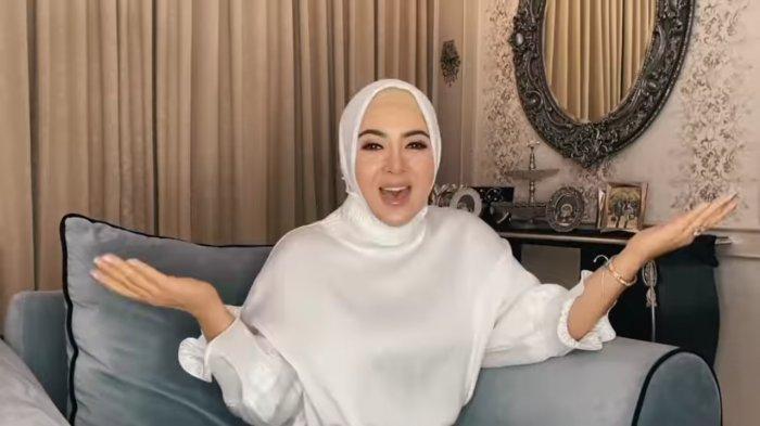 Penampilan Syahrini Kala Nyanyi Bareng Krisdayanti dan Rossa Lagi Terekam, Hijabnya Curi Perhatian