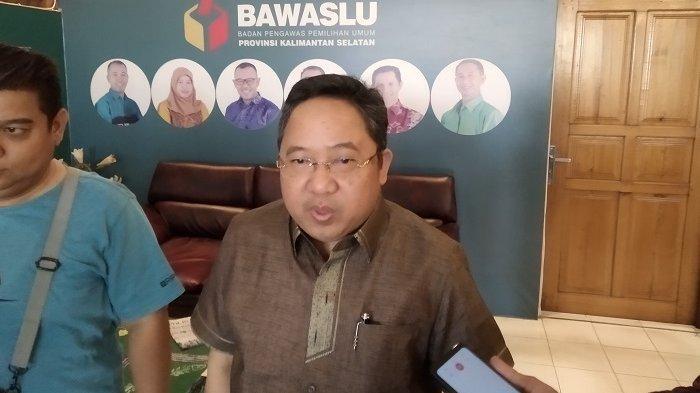 Diduga Dilaporkan Sesama Kader PPP, Syaifulah Tamliha Penuhi Panggilan Bawaslu Kalsel