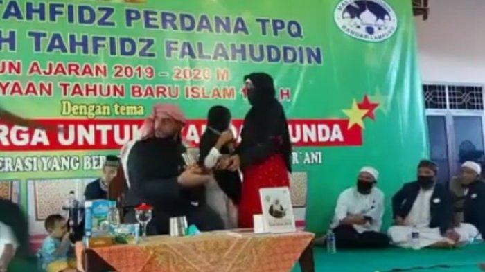 Syekh Ali Jaber Ditusuk di Bandar Lampung, Pelaku Ditangkap Petugas Polsek Tanjung Karang Barat